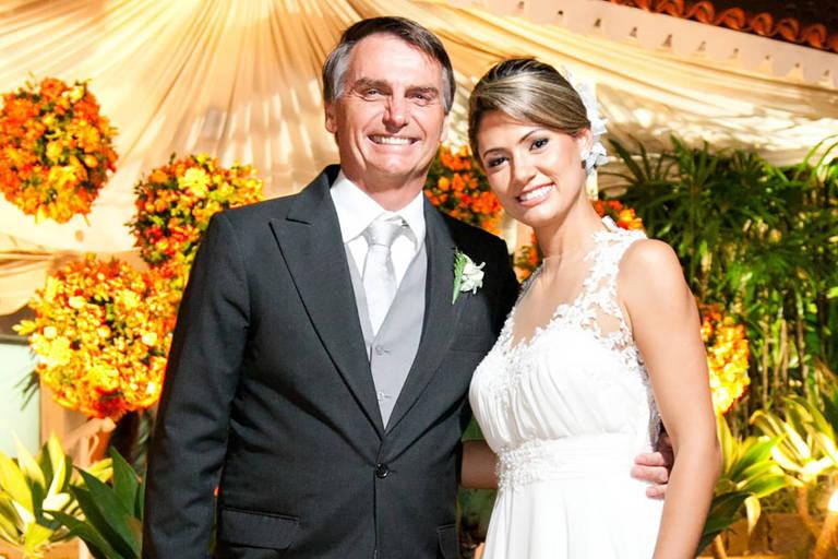фото президент Бразилии Жаир Болсонару с женой Мишель Болсонару